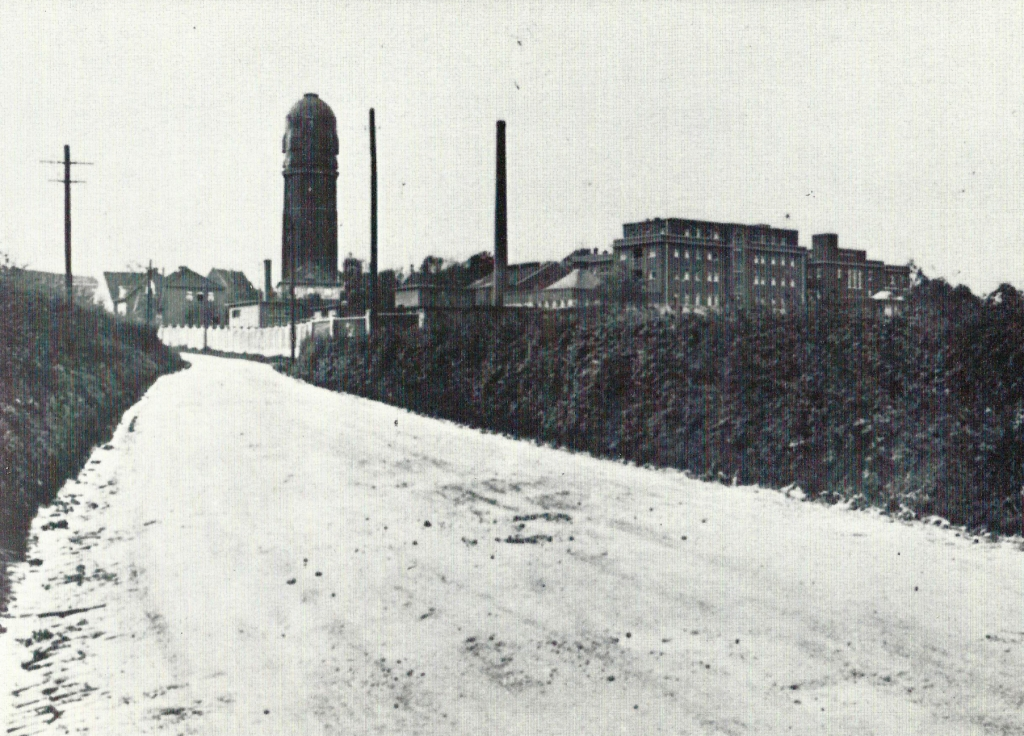 Water tower and hospital, view from Niederbardenberger Straße